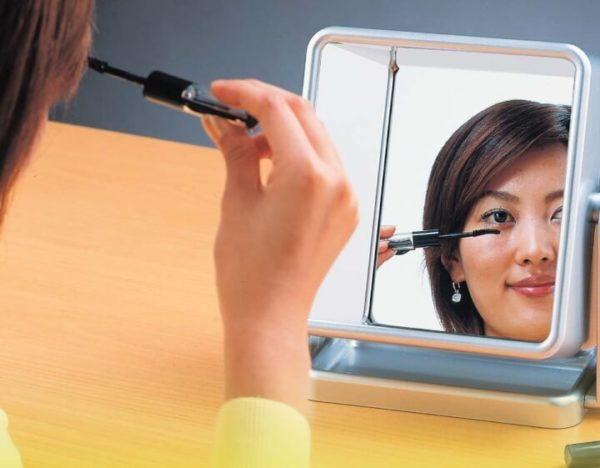 Non-Reversing Mirror