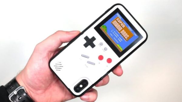 iPhone Case That Can Play Retro Games