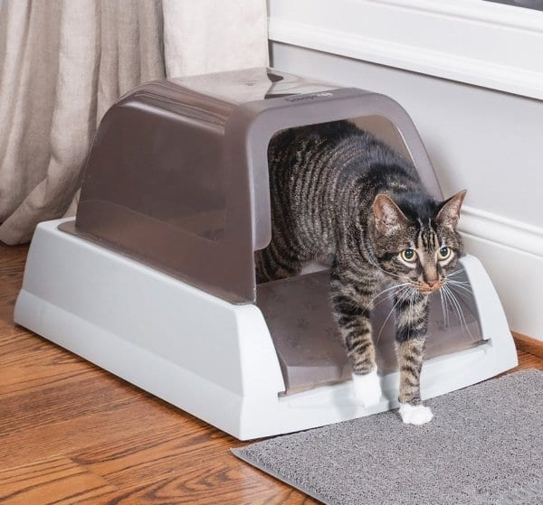 Self Cleaning Hooded Cat Litter Box