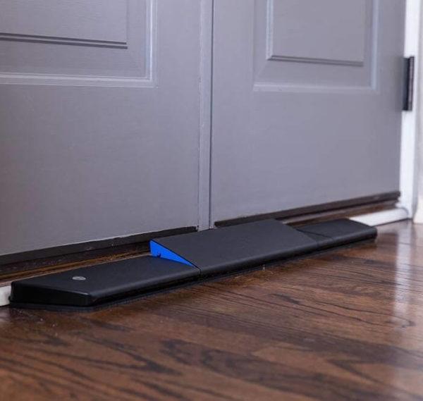 Smartphone-Controlled Door Jammer