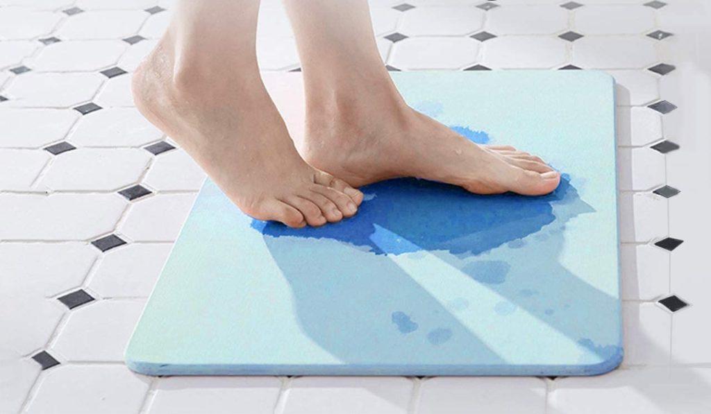 How to Clean Diatomaceous Bath Mat